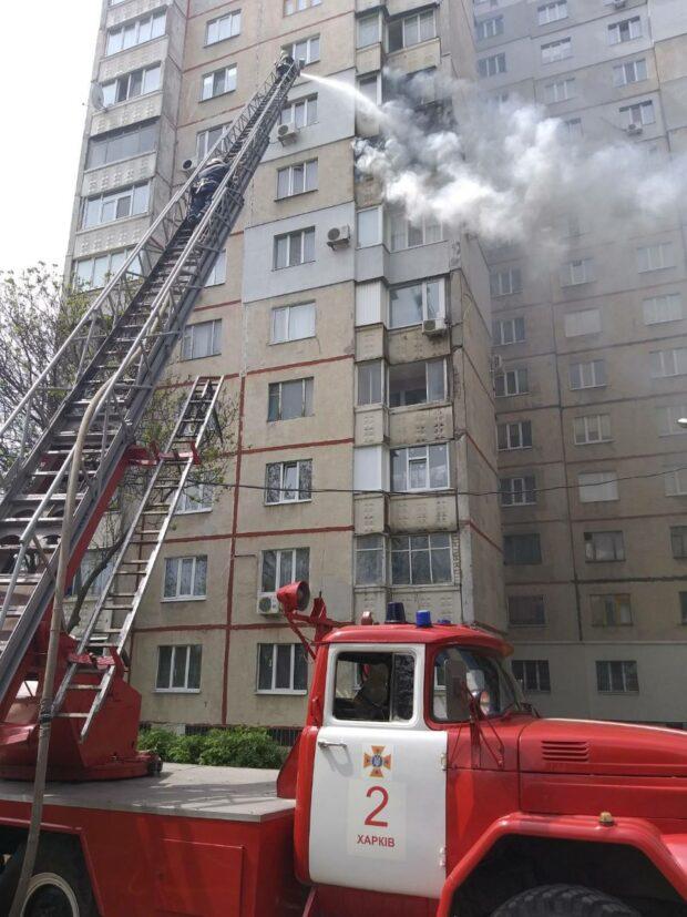Во время пожара в жилом 16-этажном доме на Новых Домах эвакуировали 25 человек