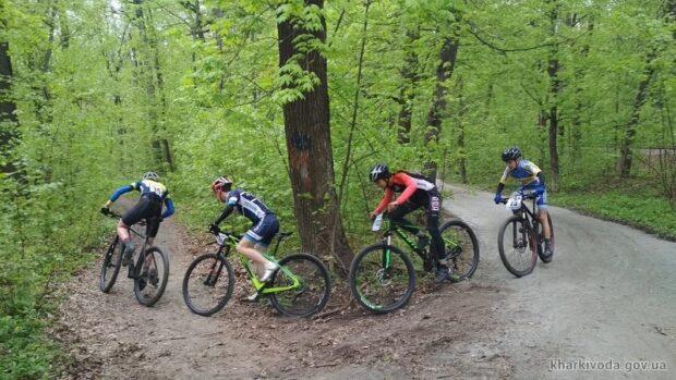 Харьковчане завоевали 15 наград на соревнованиях по велоспорту МТБ