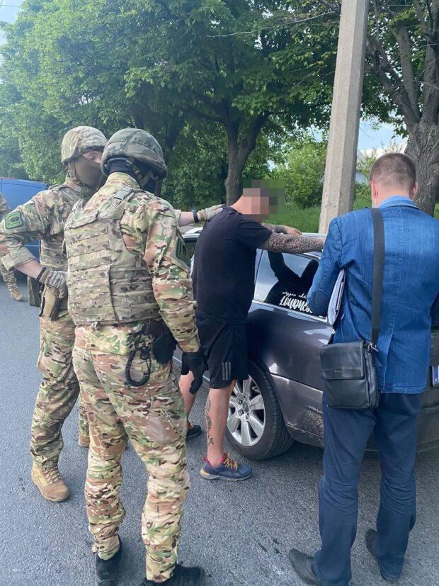 В Харькове задержали блогера, который обматерил полицейского