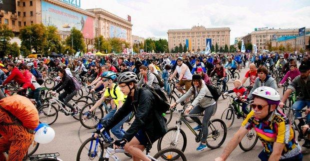 Украинская сборная по футболу примет участие в харьковском Велодне