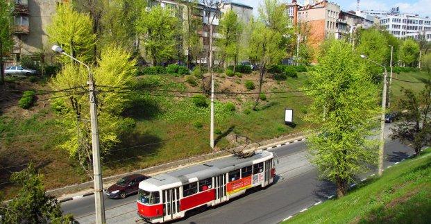 Трамвай №12 месяц не будет курсировать