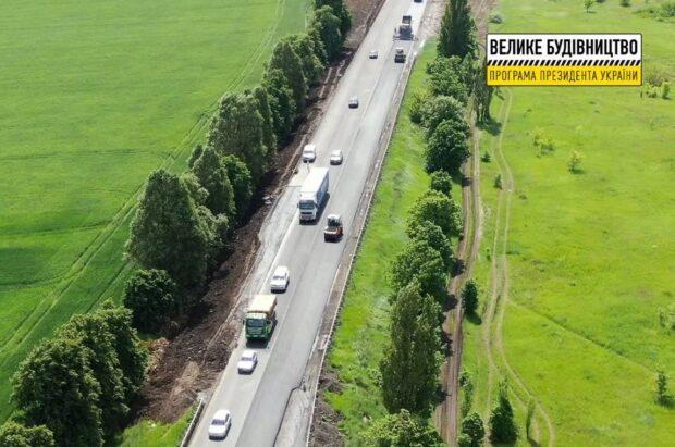 На окружной дороге заасфальтировали 37,9 км дорожного покрытия в выравнивающем слое