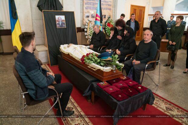 В Харькове простились с Героем Советского Союза Михаилом Карпеевым