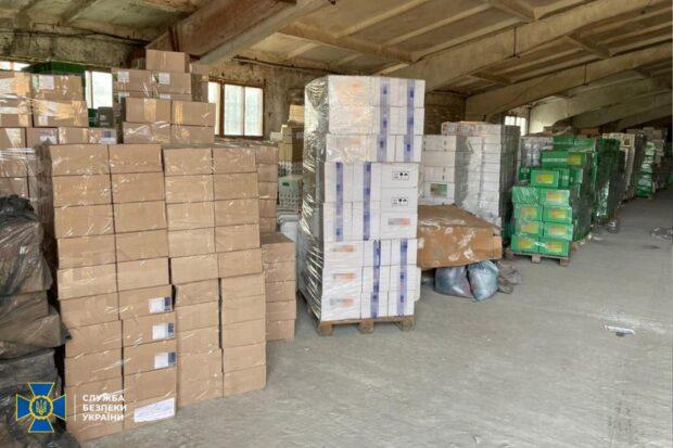На Харьковщине разоблачили подпольное производство агрохимикатов: изъяли продукцию и оборудование на 5 млн гривен