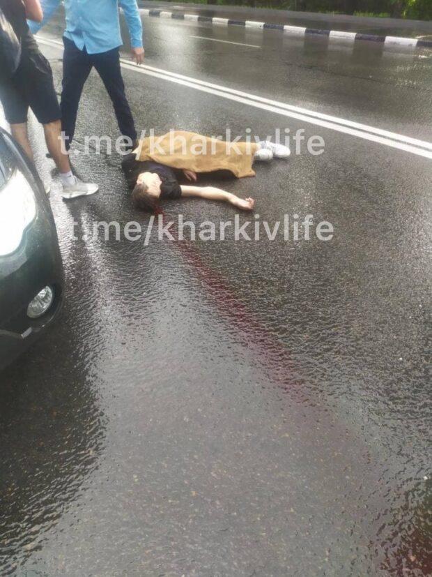 Парень выпавший из кабинки канатной дороги остается в тяжелом состоянии
