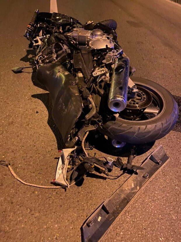 В Харькове в результате ДТП пострадали водитель и пассажир мотоцикла