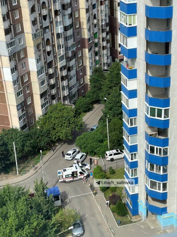 На Салтовке произошла стрельба: неизвестный ранил мужчину