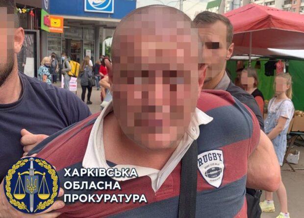 В харьковском хостеле мужчина изнасиловал 17-летнюю девушку