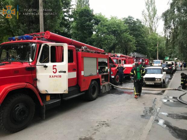 В Харькове из-за короткого замыкания проводки загорелась квартира