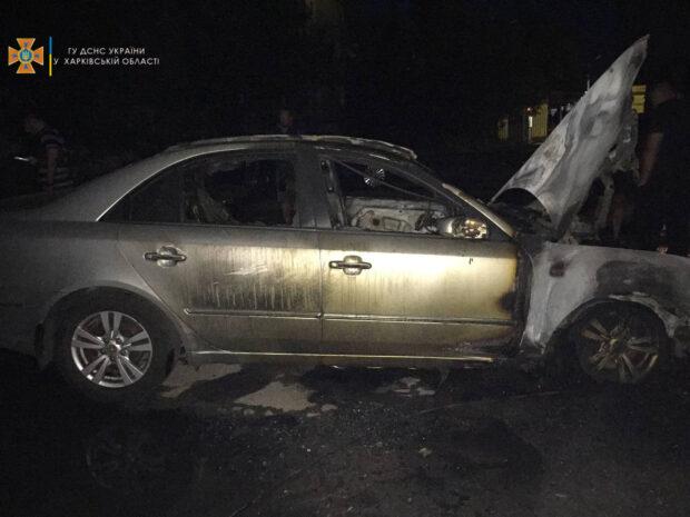На Алексеевке сгорело два автомобиля