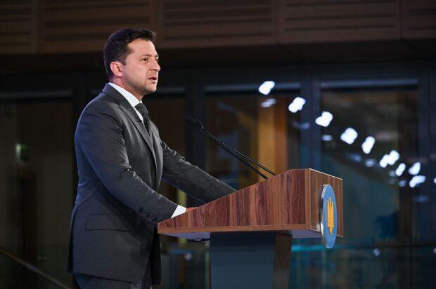 Зеленский установил в Украине День молодежи, который будут отмечать ежегодно 12 августа