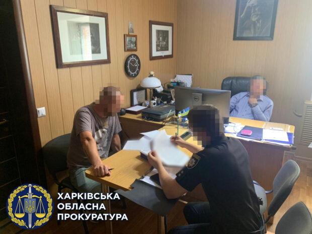 Не провел вскрытие и составил поддельное врачебное свидетельство о смерти: под Харьковом должностному лицу сообщили о подозрении