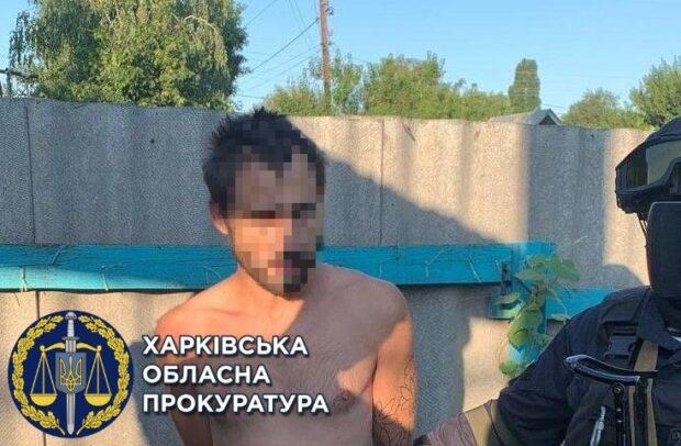 Ворвались в квартиру на Салтовке и совершили разбойное нападение: двум мужчинам сообщили о подозрении