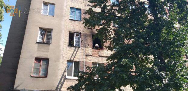 В Харькове во время пожара в жилом 6-ти этажном доме эвакуировали пять человек и спасли мужчину