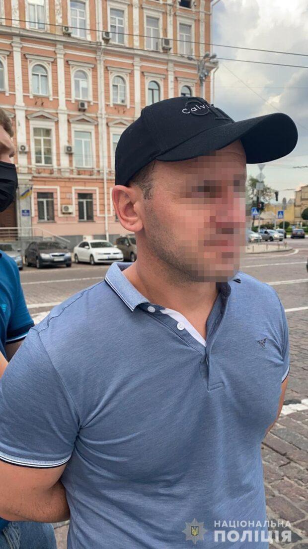 В Харькове разоблачили преступную группировку, которая незаконно завладела 36 млн гривен