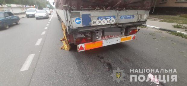 В Харькове грузовик насмерть сбил пенсионерку
