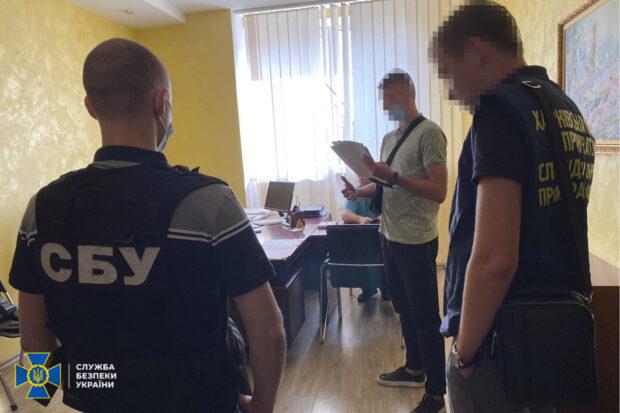 """В Харьковской области чиновники """"Укрзалізниці"""" присвоили 2 млн гривен, которые выделялись на зарплату рабочим"""
