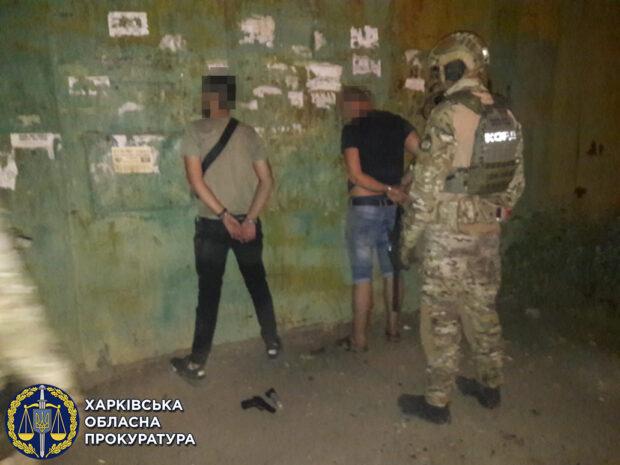 """В Харькове задержали """"активистов"""", которые грабили наркозависимых"""