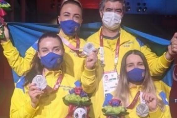 Харьковские фехтовальщицы на шпаге завоевали «серебро» Паралимпиады