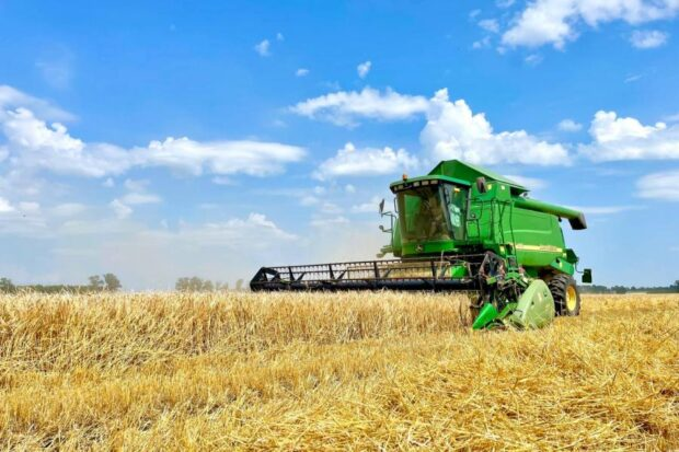 На Харьковщине собрали почти 3,5 млн тонн ранних зерновых и зернобобовых культур