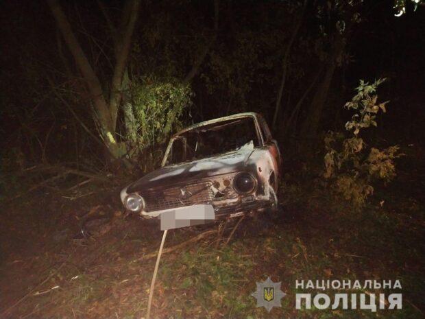 На Харьковщине в сгоревшем автомобиле обнаружили остатки обгоревшего тела: полиция открыла уголовное дело