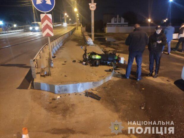 В Харькове в результате аварии погиб водитель мотоцикла