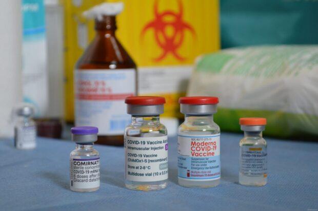 В Харькове начал работать центр массовой вакцинации по новому адресу