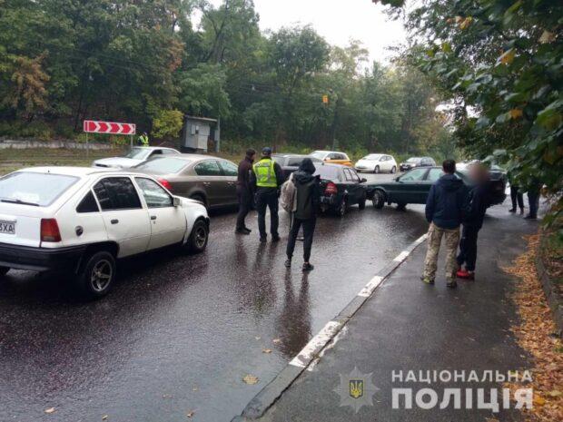 В Харькове столкнулись пять автомобилей