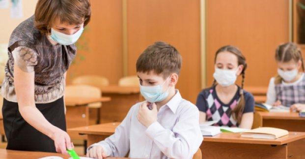 В Харькове 85% работников образования вакцинировались от COVID-19 - Терехов