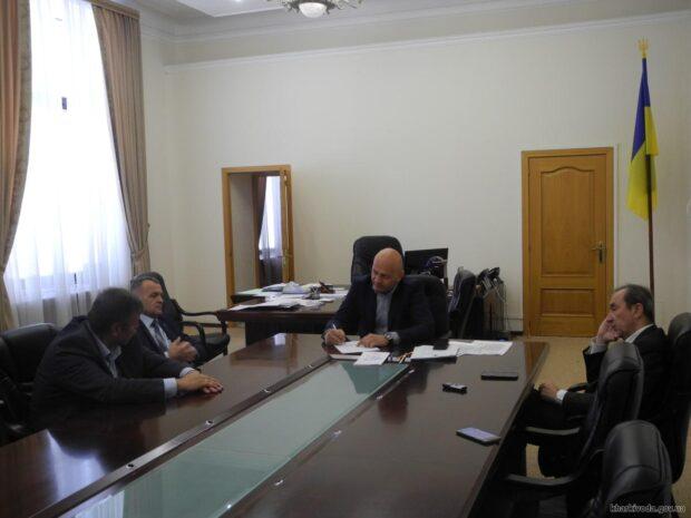 Руководство ХОГА встретилось с коллективом и руководством Харьковского авиазавода