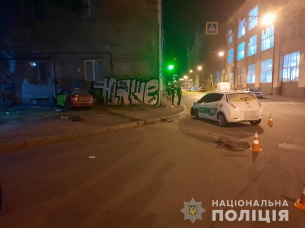 В Харькове в результате столкновения двух такси пострадали маленький ребенок и женщина