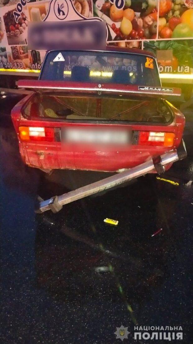В Харькове водитель совершил ДТП и скрылся с места аварии