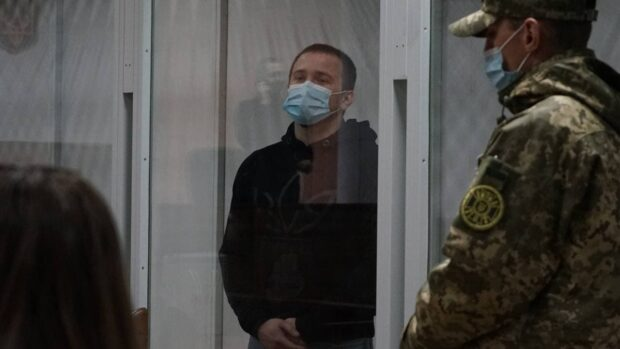 Подозреваемых в рэкете, среди которых члены «Нацкорпуса», оставили в СИЗО еще на два месяца