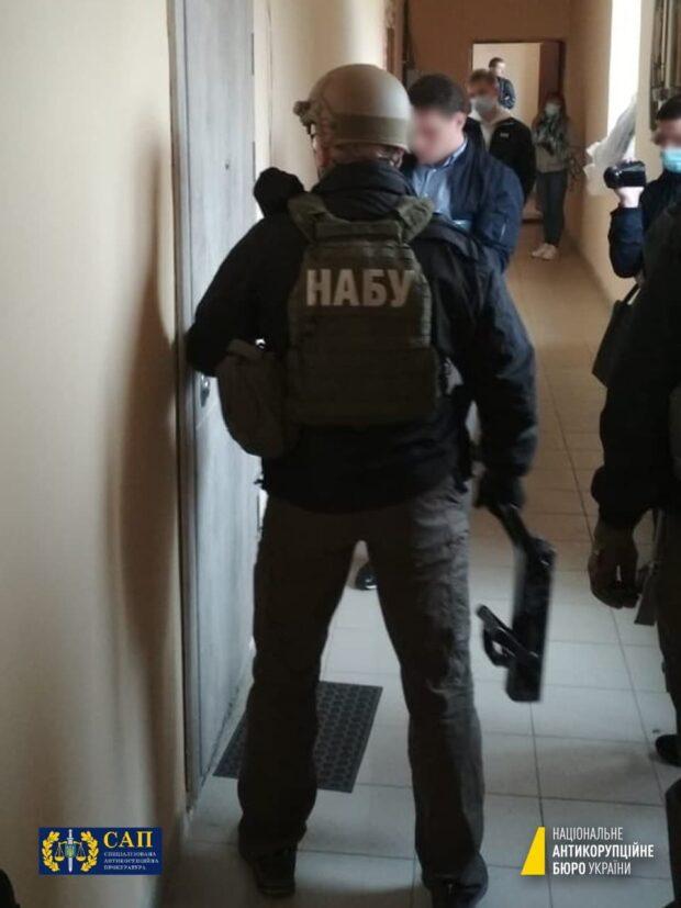 В Харькове обыскивают фирму помощника нардепа Куницкого