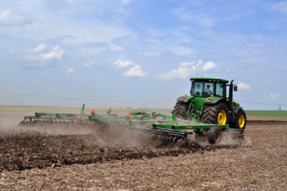 На Харьковщине начали сеять озимые зерновые культуры