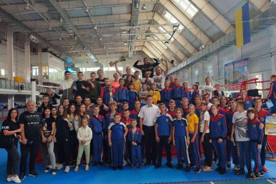 Сборная кикбоксеров Харьковщины победила на Кубке Украины