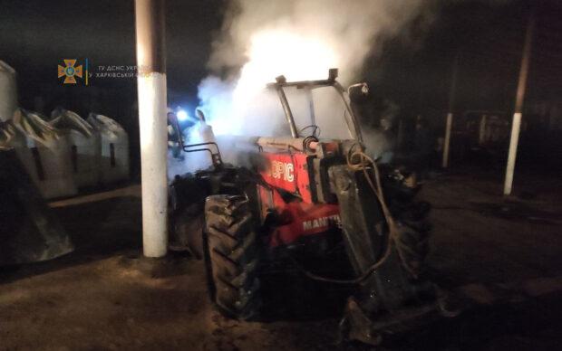 На Харьковщине из-за короткого замыкания загорелся трактор