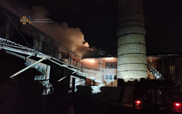 В Харькове на складе произошел масштабный пожар