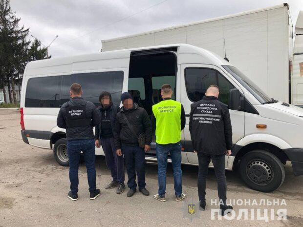 За месяц полицейские Харьковщины установили 138 нелегальных мигрантов