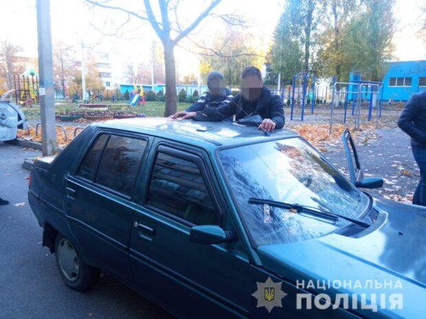 В Харькове рецидивист угнал автомобиль