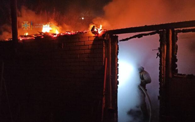 Под Харьковом из-за нарушения правил пожарной безопасности при эксплуатации печного отопления произошел пожар в бане