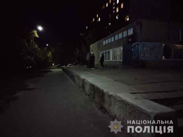 В Харьковской области пенсионер во время конфликта ударил мужчину ножом в живот