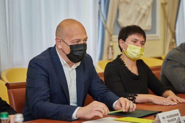Исполняющий обязанности руководителя Харьковской ОГА заболел COVID-19