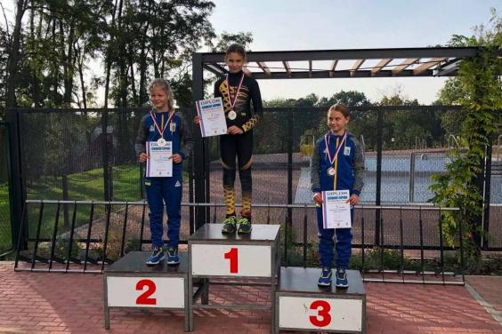 Харьковчанки заняли призовые места на этапе Кубка Европы по шорт-треку